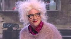 видео уральских пельменей Бабушка в тату-салоне