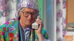 видео уральских пельменей Бабушка-параноик