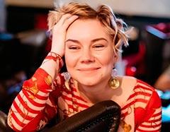 фото актера Стефания Гурская из уральских пельменей